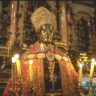 La statua di S. Gennaro