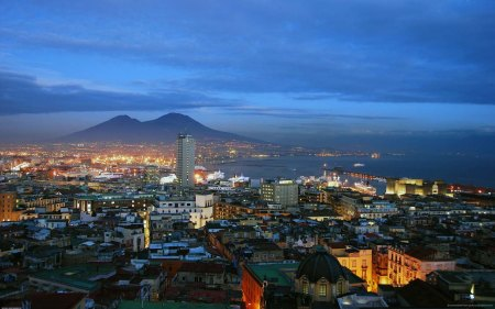 napoli-night