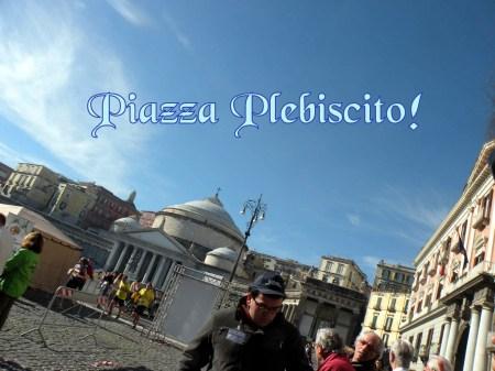 0049 ED ECCOCI A PIAZZA PLEBISCITO