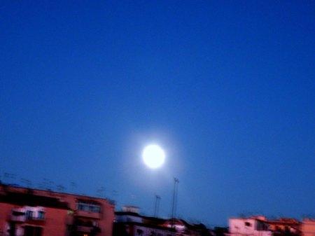 121 anche la luna festeggia