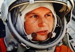La-prima-donna-nello-spazio