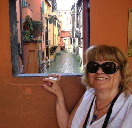 04 a finestrina su Venezia.jpg